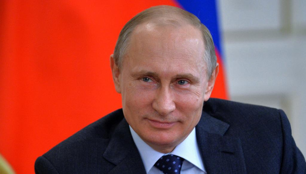 «Желаю вам счастья»: Путин поздравил российских женщин с 8 Марта